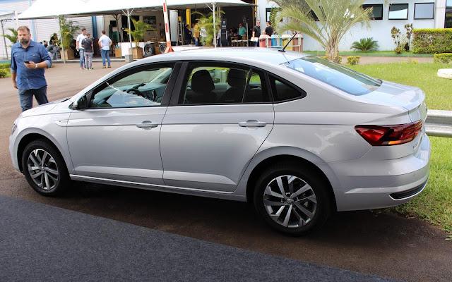 Fiat Cronos x VW Virtus