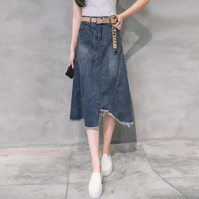 Rok Jeans Kembali Booming Menjadi Tren Fashion
