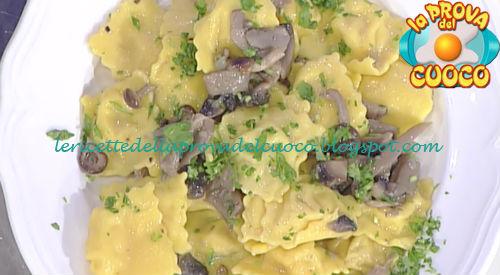 Ravioli di patate e mortadella con salsa ai funghi ricetta Spisni da Prova del Cuoco