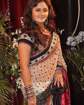 Rashami Desai actress