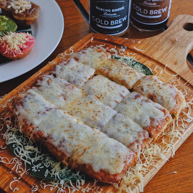 Martabak Mozarella Cheese