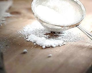 فوائد صودا الخبز للشعر والبشرة والجسم