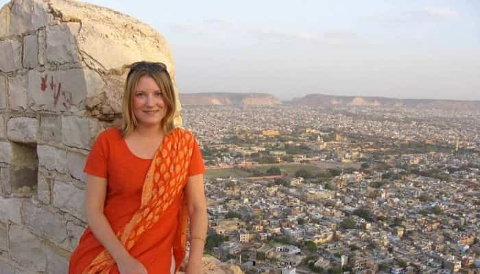 women travelling in India