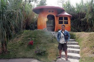 Rumah HobbitCangkringan Jogja 7