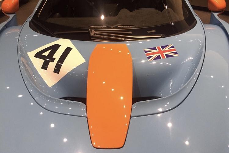 McLaren Senna LM Gulf Livery phiên bản huyền thoại trở lại