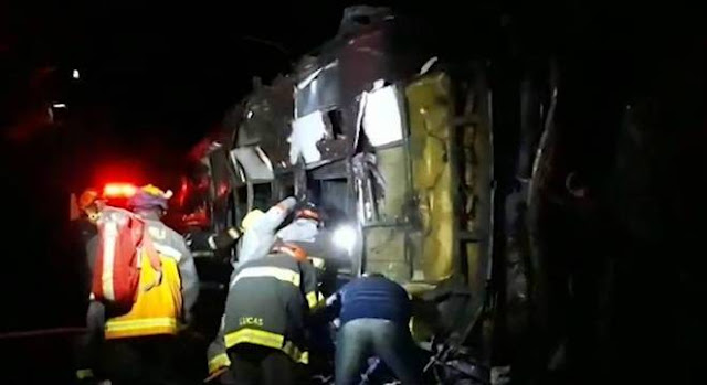 Bombeiros corrigem número de mortos em Campos do Jordão