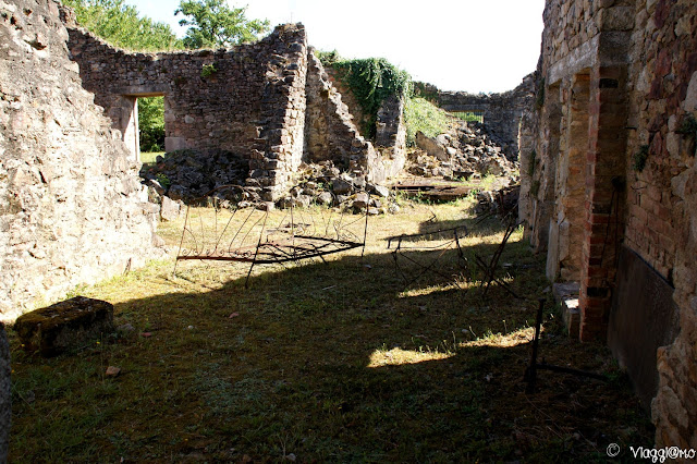 Oggetti in ferro che hanno resistito al rogo di Oradour sur Glane