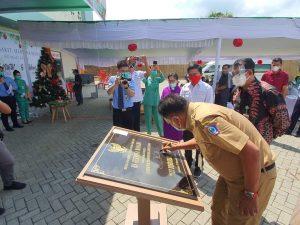 Peduli Kesehatan di Sulut, Gubernur Olly Dondokambey Tandatangani prasasti peresmian Rumah Sakit Umum Hermina Manado