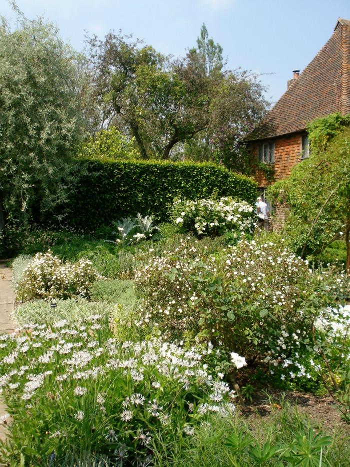 El jard n blanco de sissinghurst guia de jardin for Guia de plantas de jardin
