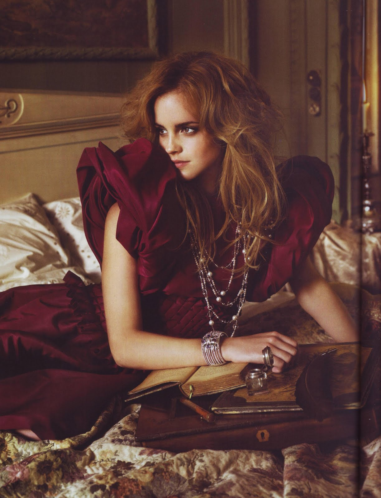 The Fashion Prophet: Enjoy the Shoot: Emma Watson Vogue ... эмма уотсон