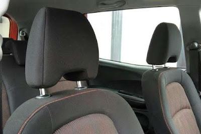 Fungsi Vital Sandaran Kepala pada Jok Mobil