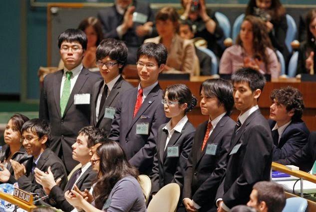 df76defd2d727 وحتى يتسنى لنا فهم المزيد عن نظام التربية الياباني وبخاصة هذا الاجتهاد  والجد من قبل الطلاب والآباء والمدرسين، يجب أن ندرك نقطة مهمة وهي أن هذا  النظام ربما ...