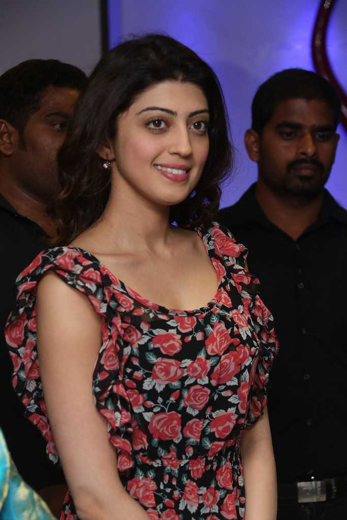 Hot Legs Show Photos Of Pranitha In Short Red Dress