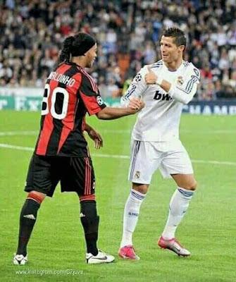For #Ronaldinho Fans say: Hello      For #Cristiano #Ronaldo Fans say :Hi     #CR7