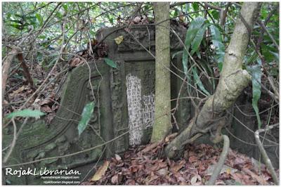 Tan Tang Niah tomb in Bukit Brown