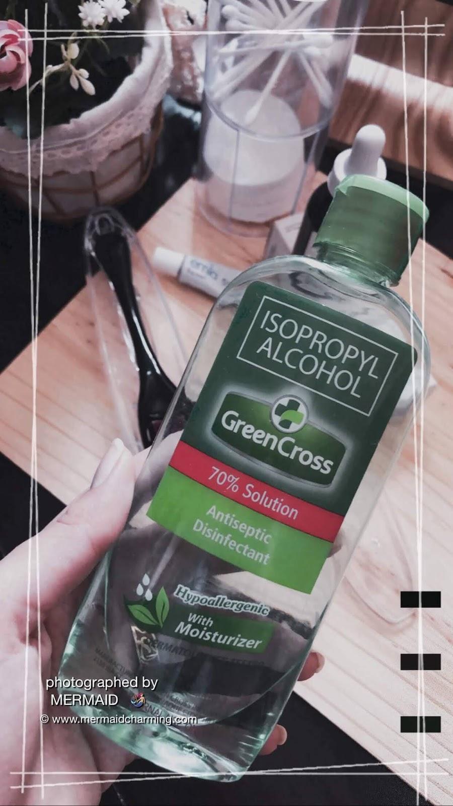 تعقيم الديرما رولر بالكحول