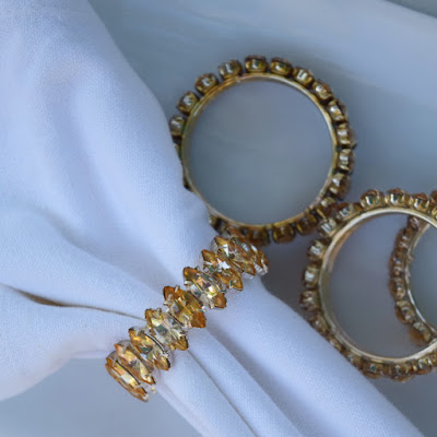 https://www.etsy.com/listing/535824089/rhinestone-napkin-rings-vintage-set-of-4?ref=listing_published_alert