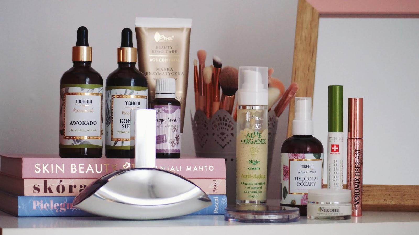 Ulubieńcy kosmetyczni ostatnich kilku miesięcy - Mohani, Nacomi, Ava Laboratorium, Eveline Cosmetics, Wibo, Bell, CK