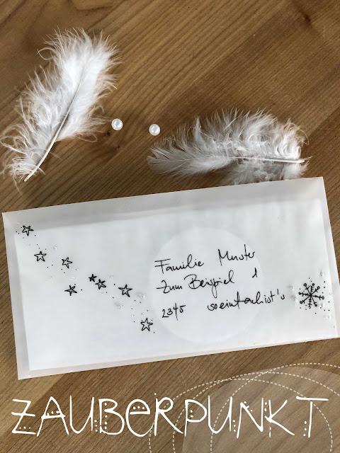 Weihnachtskarte der etwas anderen Art, Creativa 2019, Zauberpunkt, Mobile, Schneeflocke, iamcreative.ch, Federn, Perle, Transparentpapier, Nähen mit Papier,