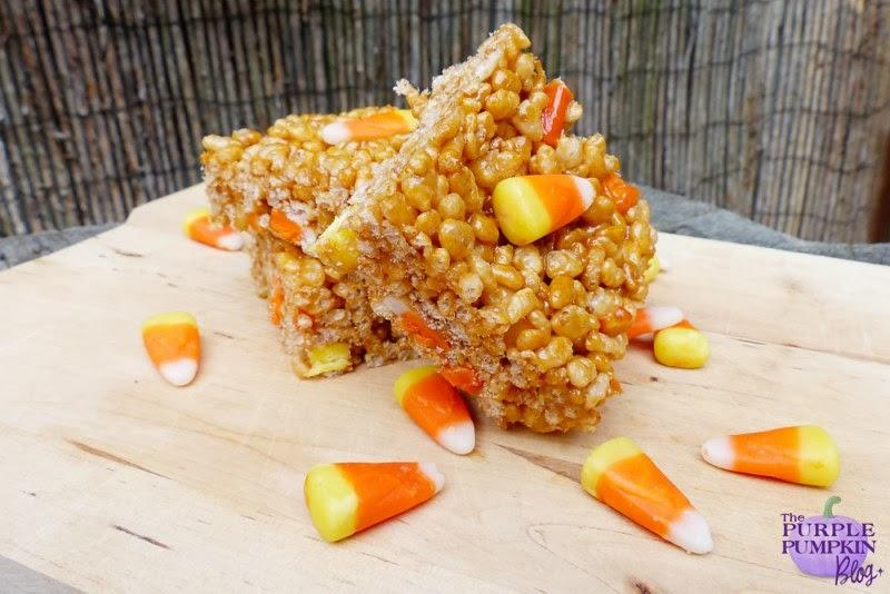 Candy Corn Rice Krispie Treats #Halloween #CraftyOctober