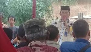 Masyarakat Kelurahan Kota Bumi, Lampung Utara terima sertifikat program PTSL