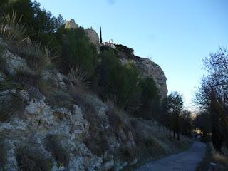 Bordeando el Castillo de Casasola