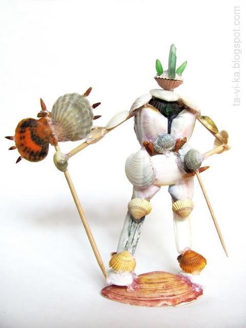 рыцарь - детская поделка из ракушек