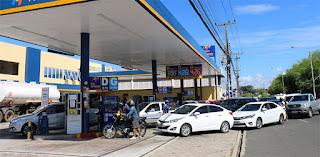Petrobras corta preço da gasolina em 9,5%; diesel cai 6,5%