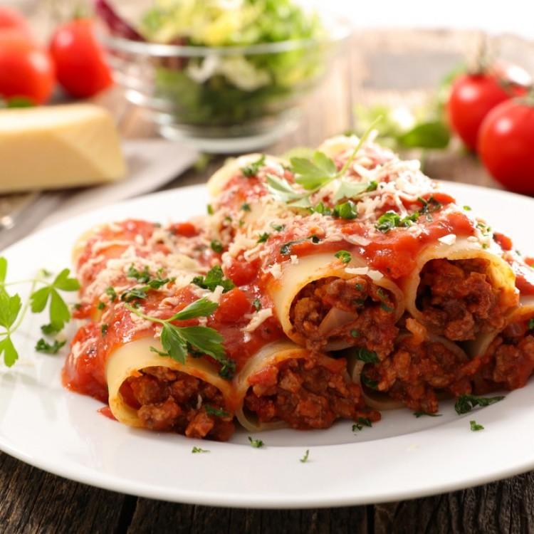 طريقة عمل الكانيلونى Cannelloni باللحم المفروم