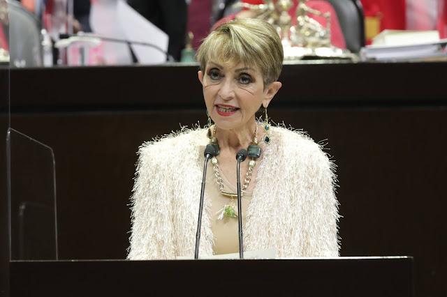 """Establecer en la ley la """"sustitución de titular de permiso de pesca comercial"""" evitará arbitrariedades: María Ester Alonzo"""