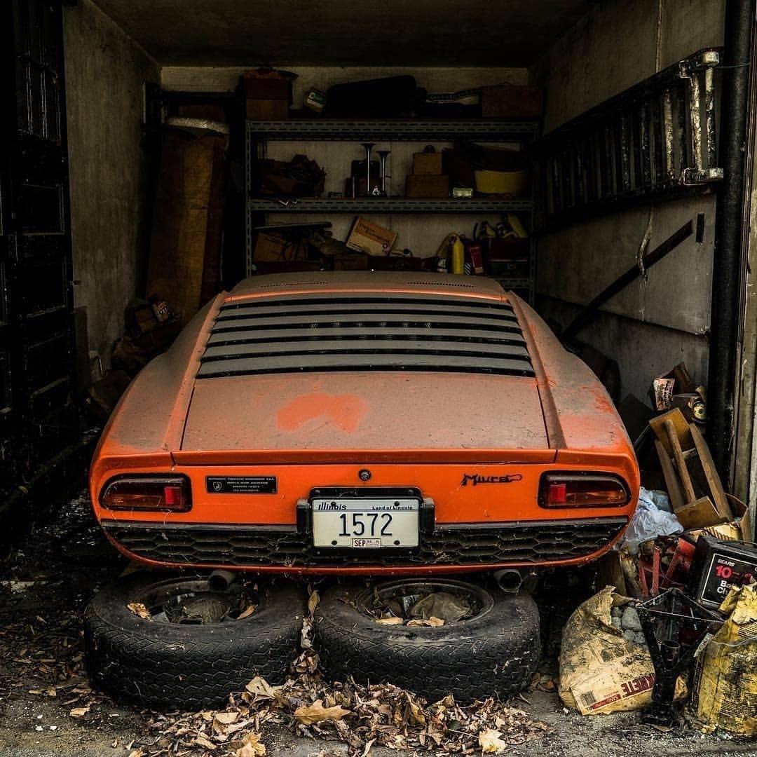 FOTO Lamborghini Miura 'Terkubur' di Garasi Selama 30 Tahun 16