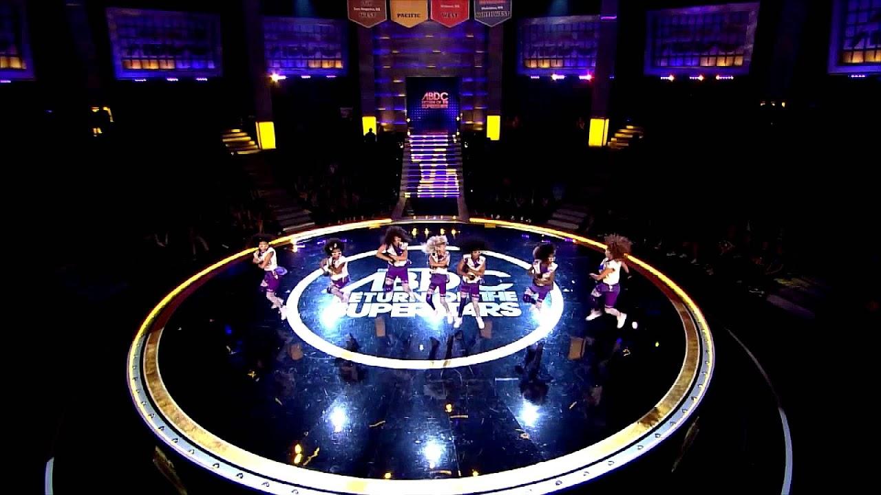 tumblr_m3t1jqJKW61r2pdv2o1_250.gif |Mario Lopez Americas Best Dance Crew