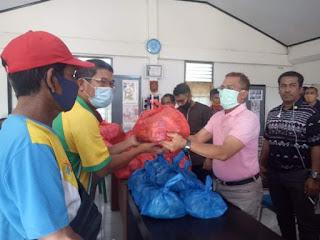 KONI Kota Bima Kembali Bagikan Paket Sembako Tahap II kepada 674 Atlit dan Pelatih