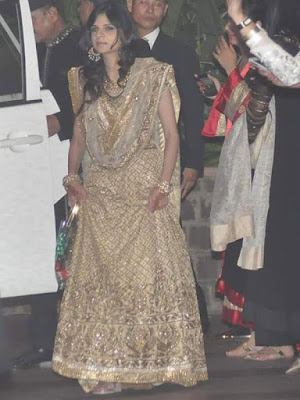 Sabah-Ali-Khan-at-Saif-and-Kareena-Wedding-Reception