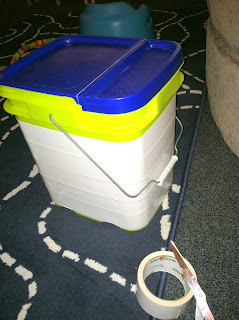 Super Easy! UpCycled Storage bin