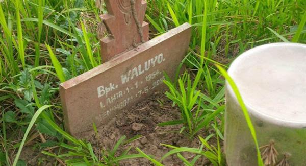 Inilah KISAH SEBENAR Lelaki Yang Dikebumikan Setahun Lalu Tiba-Tiba Muncul Di Depan Rumah!