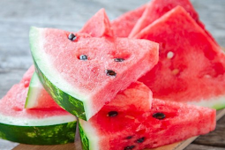 50 Makanan Musim Panas Terburuk Untuk Perut Anda