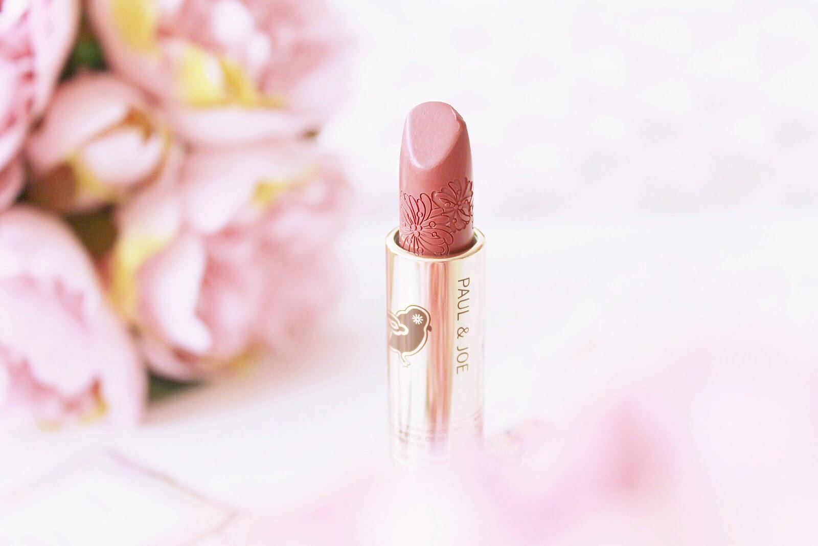 Peanut butter, lipstick & flowers