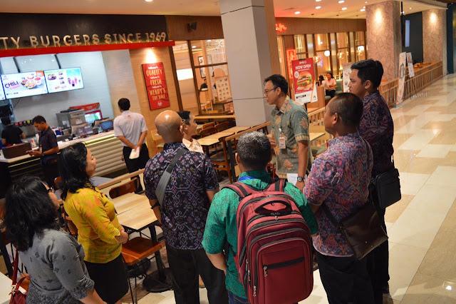 Pemkot Denpasar Sosialisasi Perwali Larangan Pengunaan Plastik di Mall