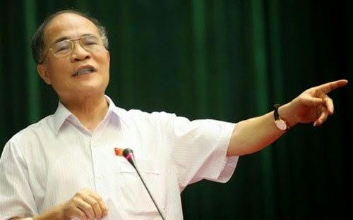 """Chủ tịch Quốc hội Nguyễn Sinh Hùng: """"Tao sẽ dùng Thường vụ Quốc hội đuổi thằng Bình Thống đốc ra khỏi Ngân hàng Nhà nước"""""""