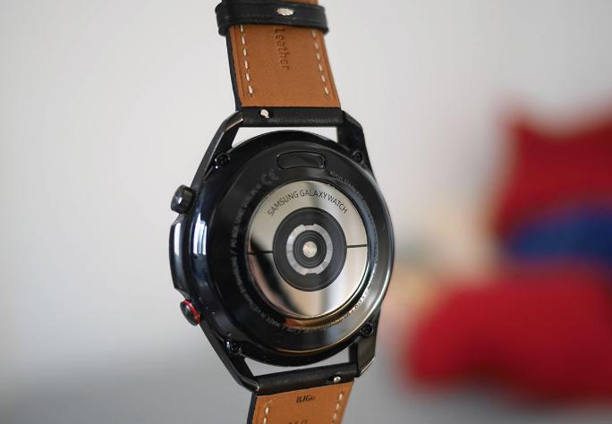 سعر وموصفات ساعة Samsung Galaxy Watch 3