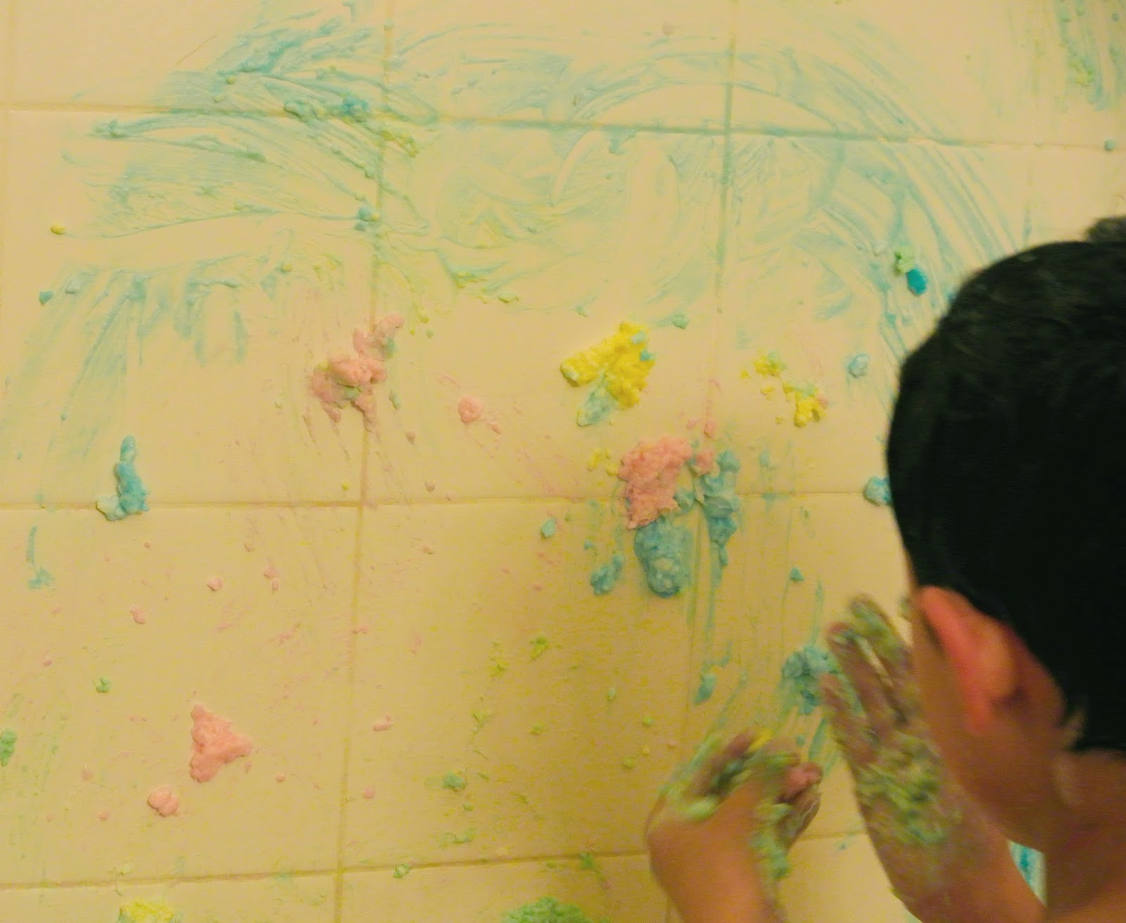 Rainbow Bath Paint, Family-friendly