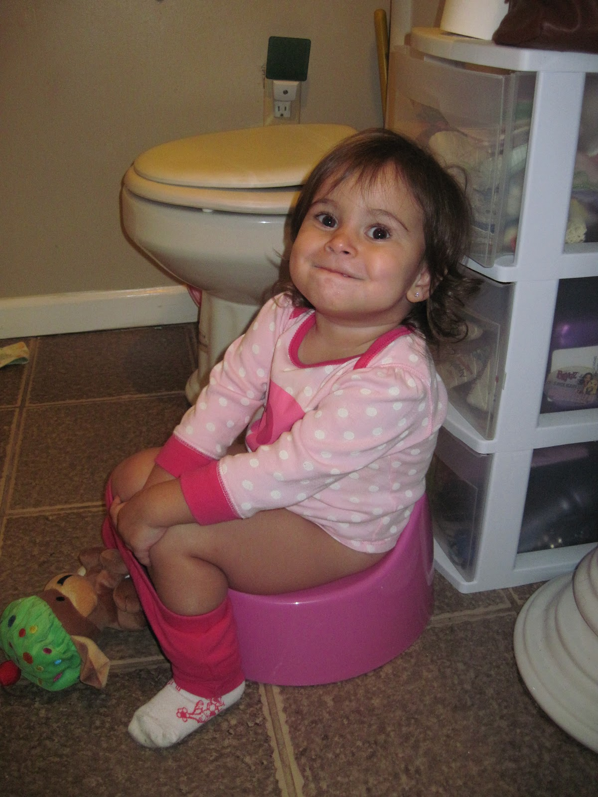 Little Girls Potty Training - Hot Girls Wallpaper