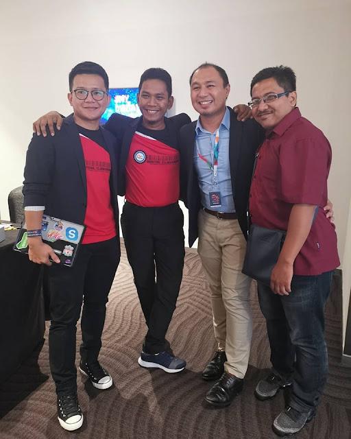 Cikgu Aliff Microsoft, Cikgu Aman, saya dan Cikgu Kamil Digital Classroom