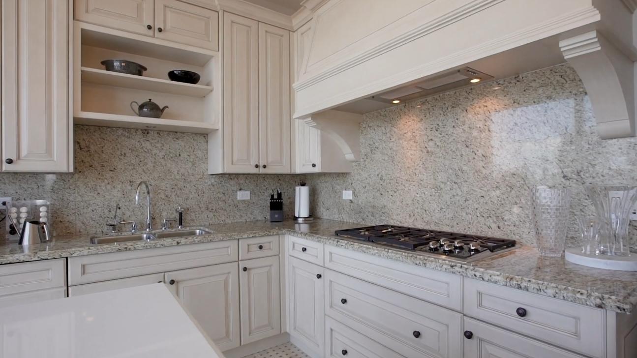 13 Photos vs. Ritz-Carlton Toronto | 183 Wellington St. W., Suite 3701 | $2,279,000 | Luxury Toronto Condos - Luxury Condo & Interior Design Video Tour