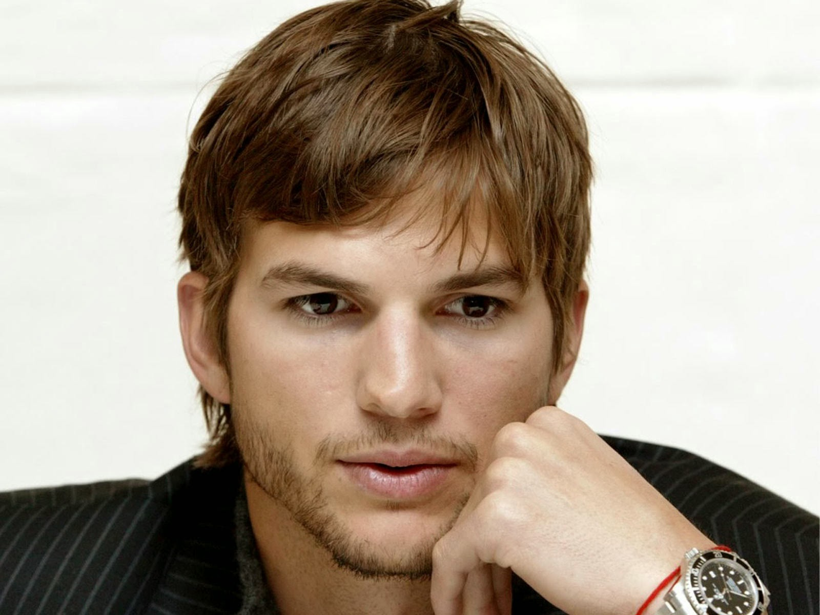 Ashton Kutcher, Success Speech, 3 Things About Life, Inspirational Speech, Transcript, Video, Motivation, Don't live a life build one.