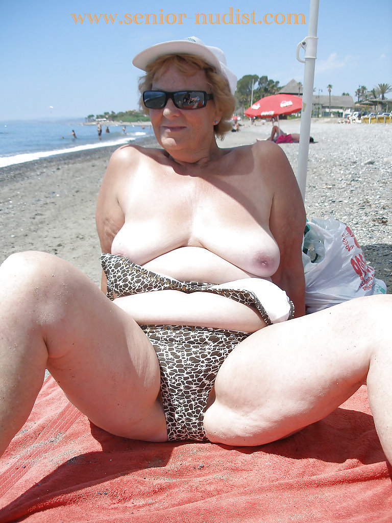 Ladies Nude On The Beach