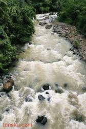 Rafting Sungai Citarik Di Jawa Barat