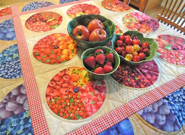 www.springleafstudios.com, fruit quilt, pie quilt