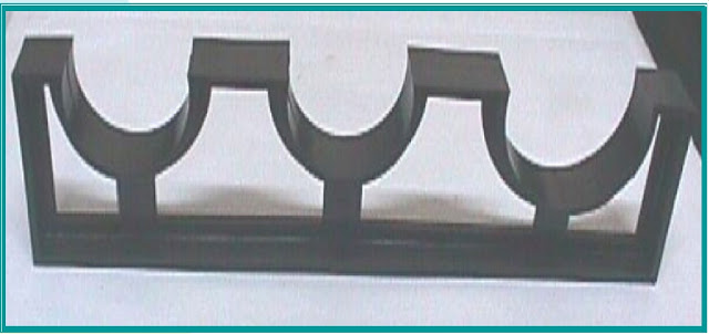 Duct spacer used in optical fiber network